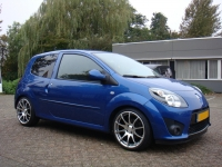 Renault Twingo incl 17 inch Tomasson TN1.JPG